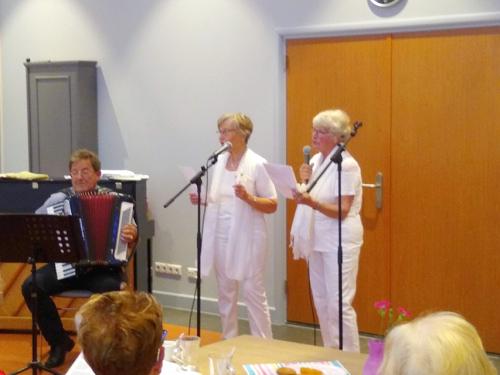 """Het muzikale duo: """"De Bettini's"""" met hun tophit: """"Witte rozen uit Atheen""""_05"""